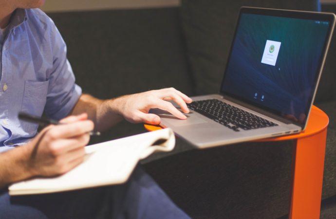 Tu próximo empleo está en internet: ¿cómo encontrarlo?