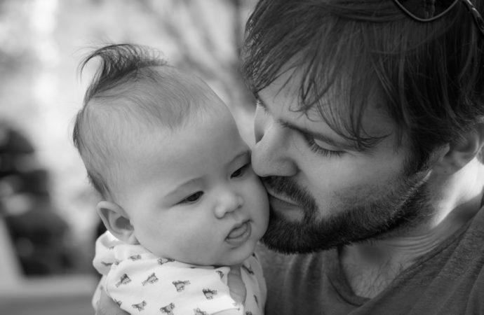 Los papás quieren más prestaciones laborales