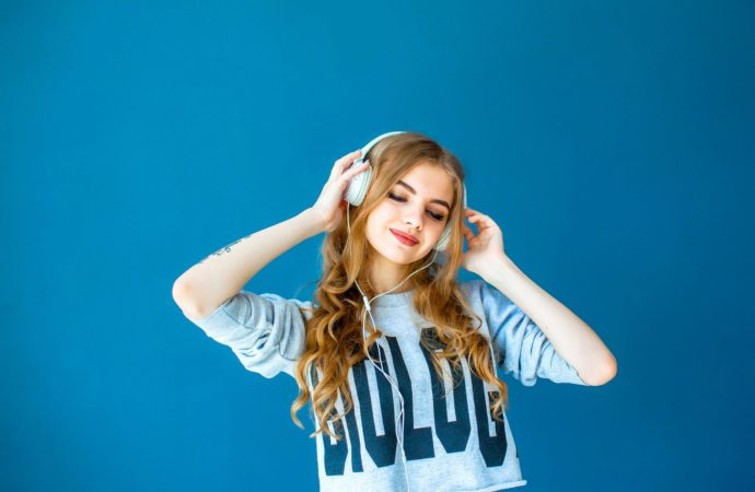 Cómo la música te ayuda a enfocarte en tu trabajo