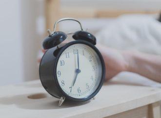 6 hábitos para levantarse temprano sin sentirte cansado