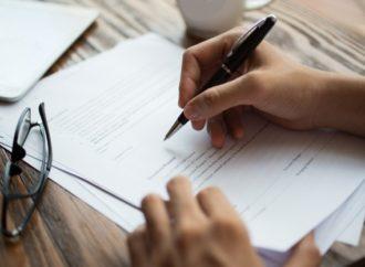 5 aspectos que debes verificar antes de firmar un contrato de trabajo